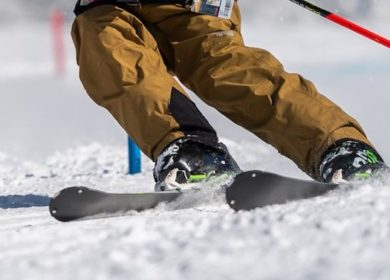 8 Ways to Move from Wedge Skiing to Parallel – Easy Guide